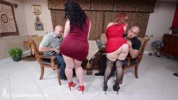 Şişman İtalyan bayanlarla anal swinger