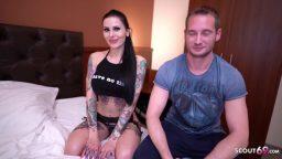Alman dövmeli fahişeyle otel odasında sıcak sex