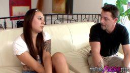 Genç bakıcı kıza evli adam çaktı